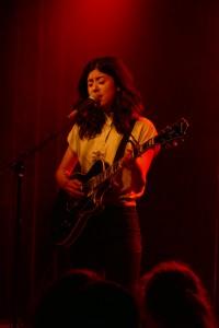 Zen oder die Kunst eine Gitarre zu halten - Daniela Andrade